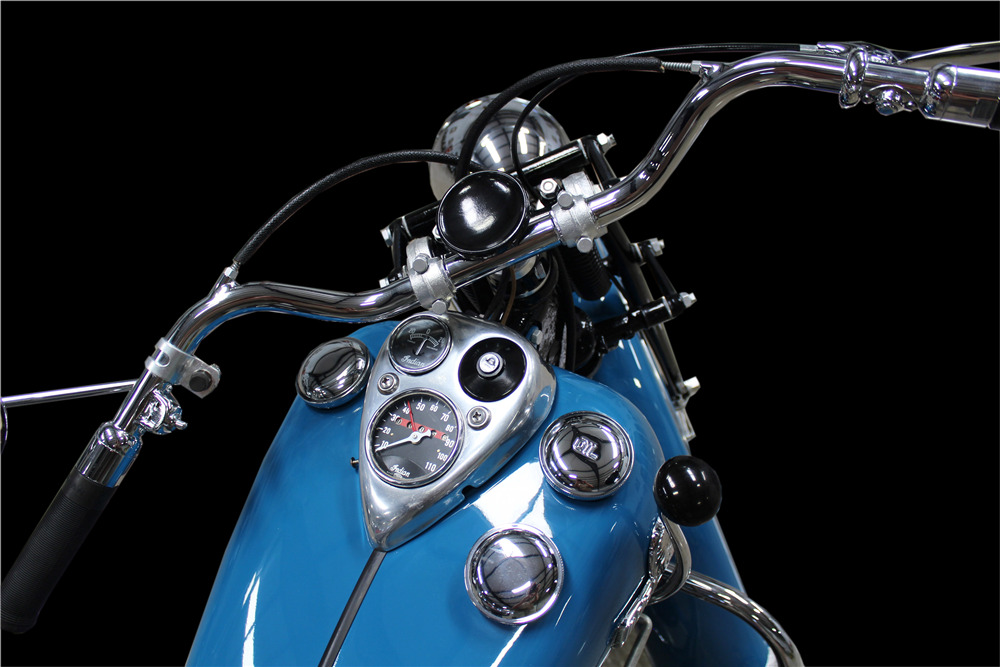 1946 INDIAN CHIEF MOTORCYCLE - Interior - 220182