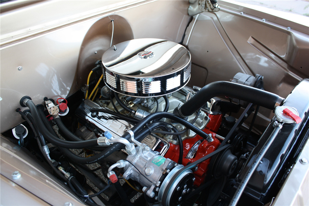 1955 CHEVROLET 3100 CUSTOM PICKUP - Engine - 220470