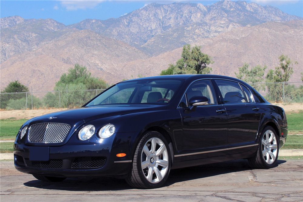 2006 BENTLEY CONTINENTAL FLYING SPUR - Front 3/4 - 221115
