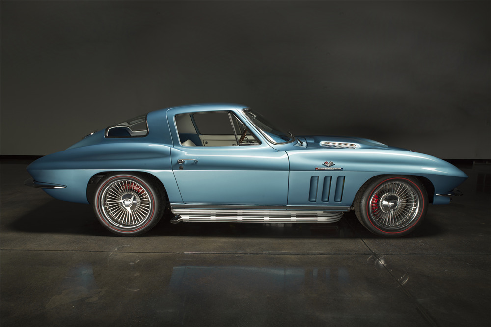 1965 CHEVROLET CORVETTE CUSTOM COUPE - Side Profile - 224932