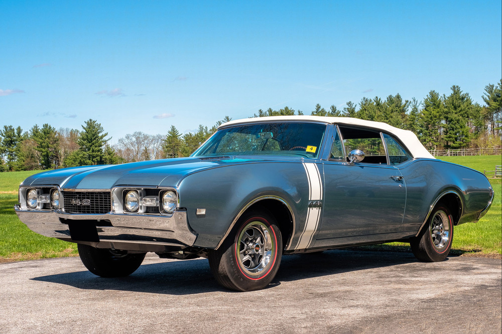 1968 OLDSMOBILE 442 CONVERTIBLE - Front 3/4 - 231772