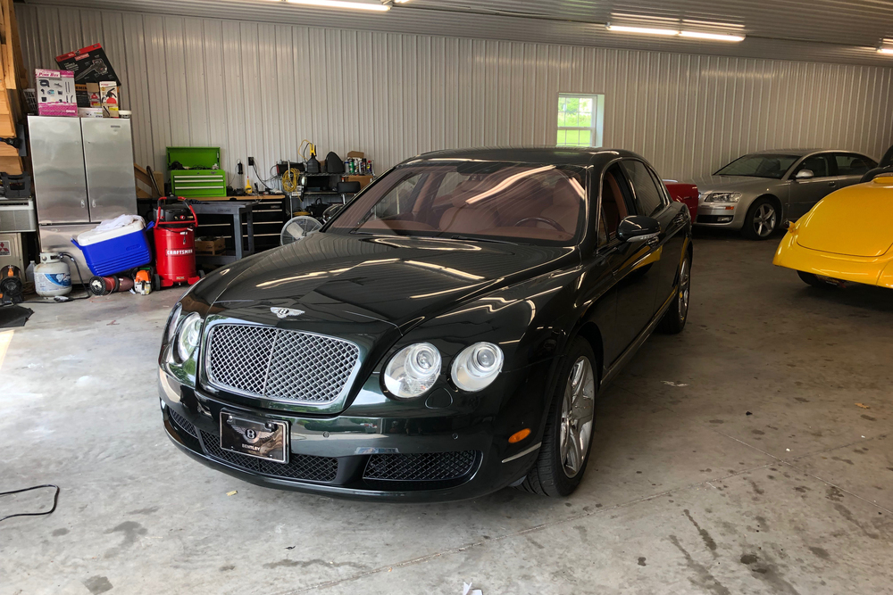 2006 BENTLEY FLYING SPUR - Front 3/4 - 233033