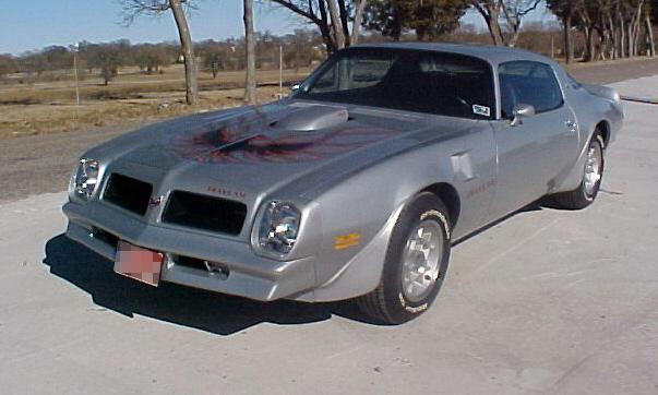 1976 PONTIAC FIREBIRD TRANS AM COUPE - Front 3/4 - 23921