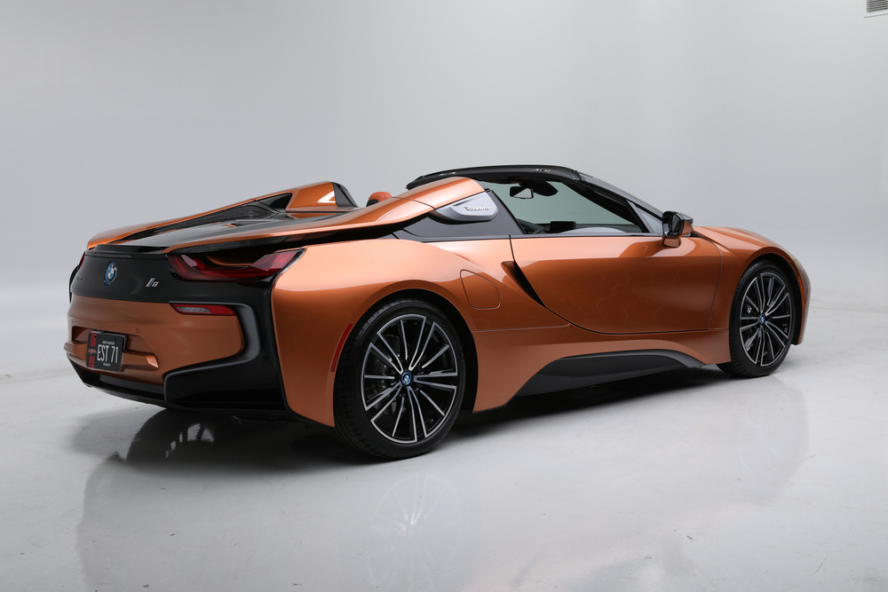 2019 BMW i8 ROADSTER - Rear 3/4 - 242130