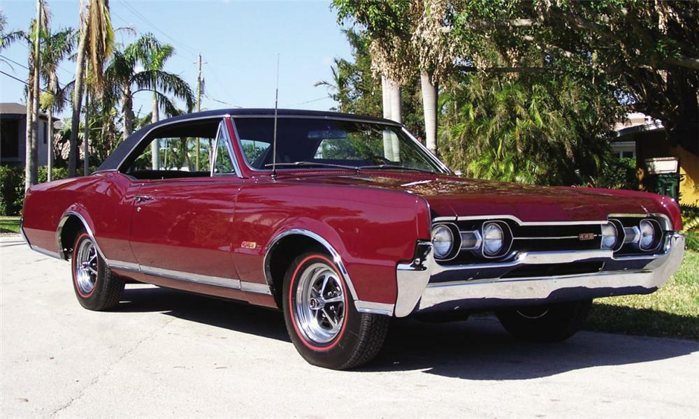 1967 OLDSMOBILE 442 COUPE - Front 3/4 - 39970