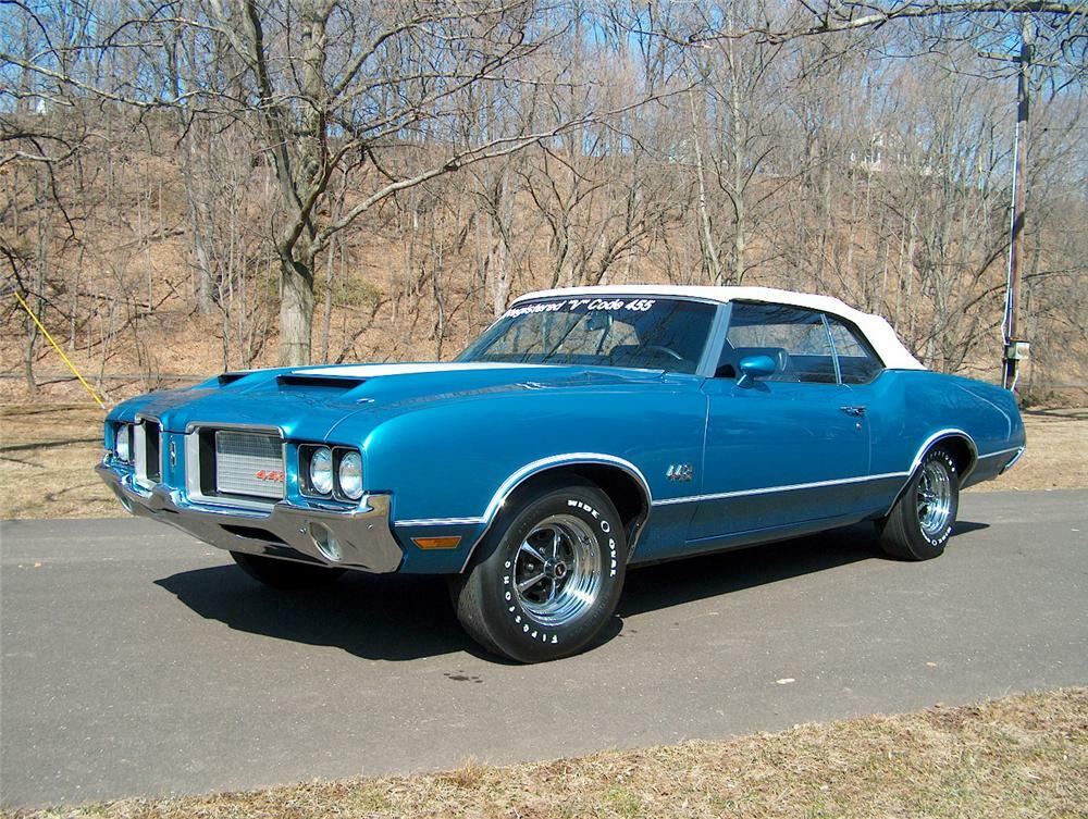 1972 OLDSMOBILE 442 CONVERTIBLE - Front 3/4 - 64300