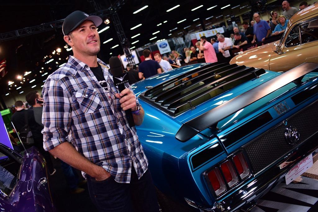 Barrett Jackson Las Vegas Auction Kicks Off With Impressive - Barrett jackson car show las vegas