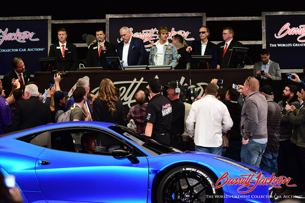 Barrett Jackson Th Annual Scottsdale Auction Sets World Auction - Car show in scottsdale this weekend