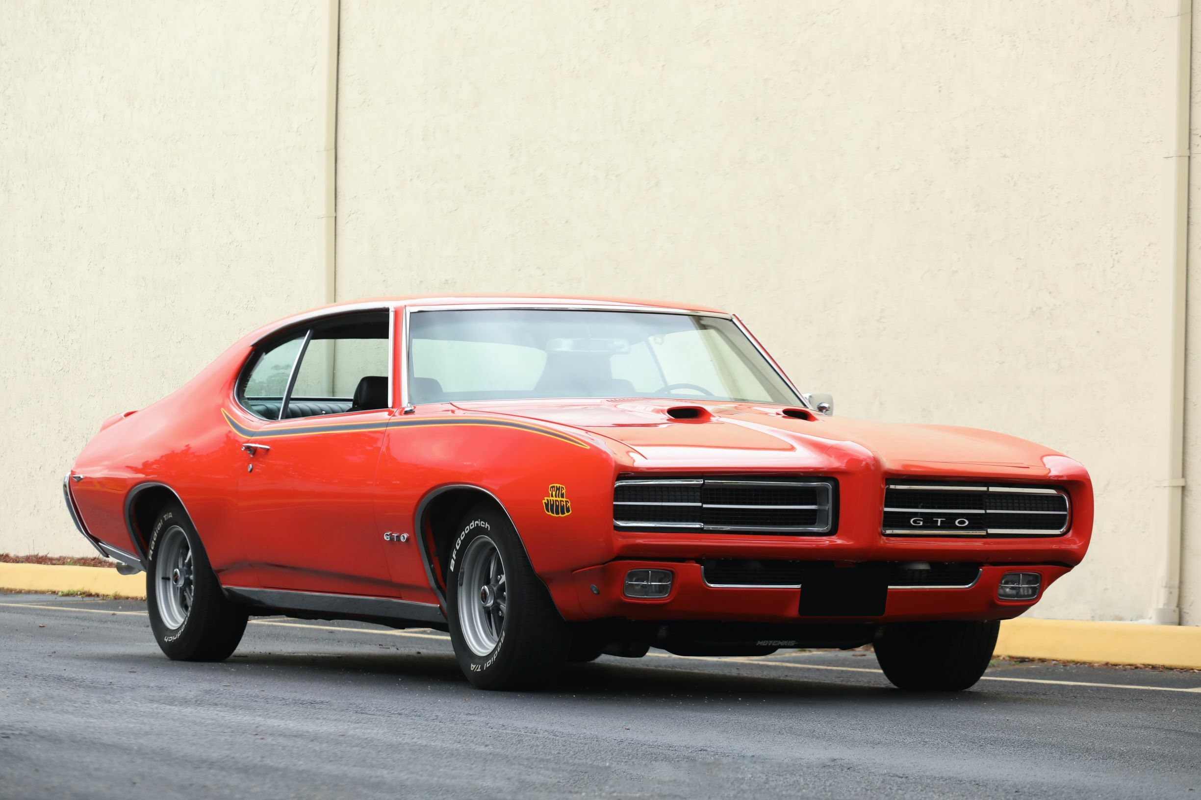 This 1969 Pontiac GTO Judge Ram Air (Lot #661.2) is powered by a 400ci 8-cylinder engine with 4-barrel carburetor backed by a 3-speed Turbo Hydramatic automatic transmission.