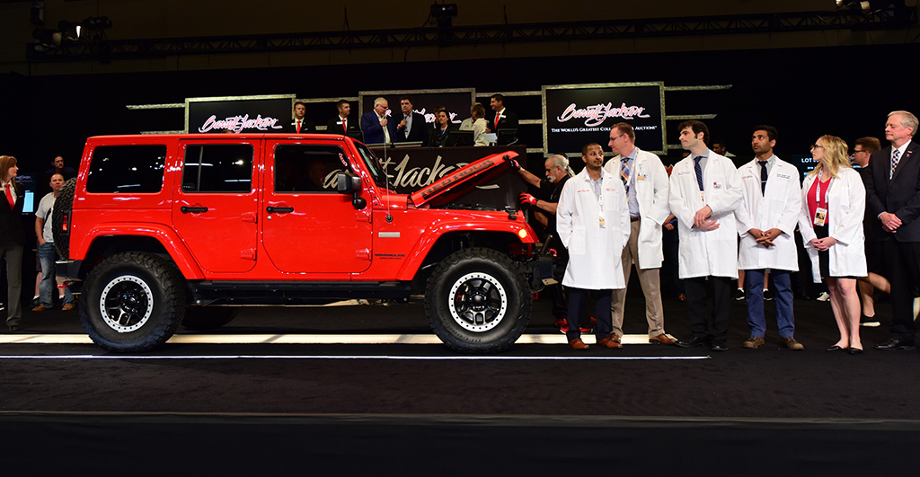 NASCAR Foundation Chairman Mike Helton, NASCAR Hall of Famer Rusty Wallace, 2016 Jeep Wrangler Red Rock Edition