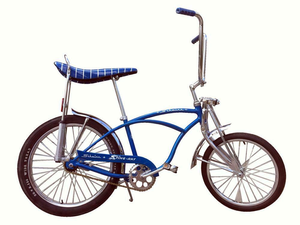75a29513909 All-original late 1960s-early '70s Schwinn Sting-Ray bicycle. -