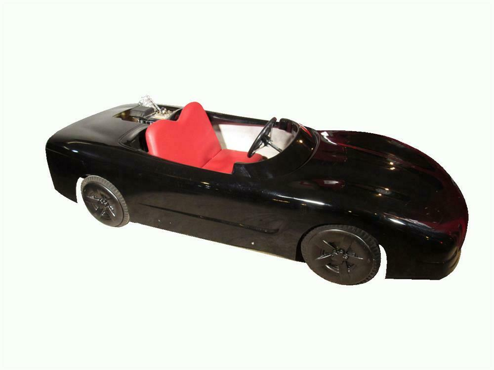 Choice early 1990s Corvette go-kart by Midwestern Industries