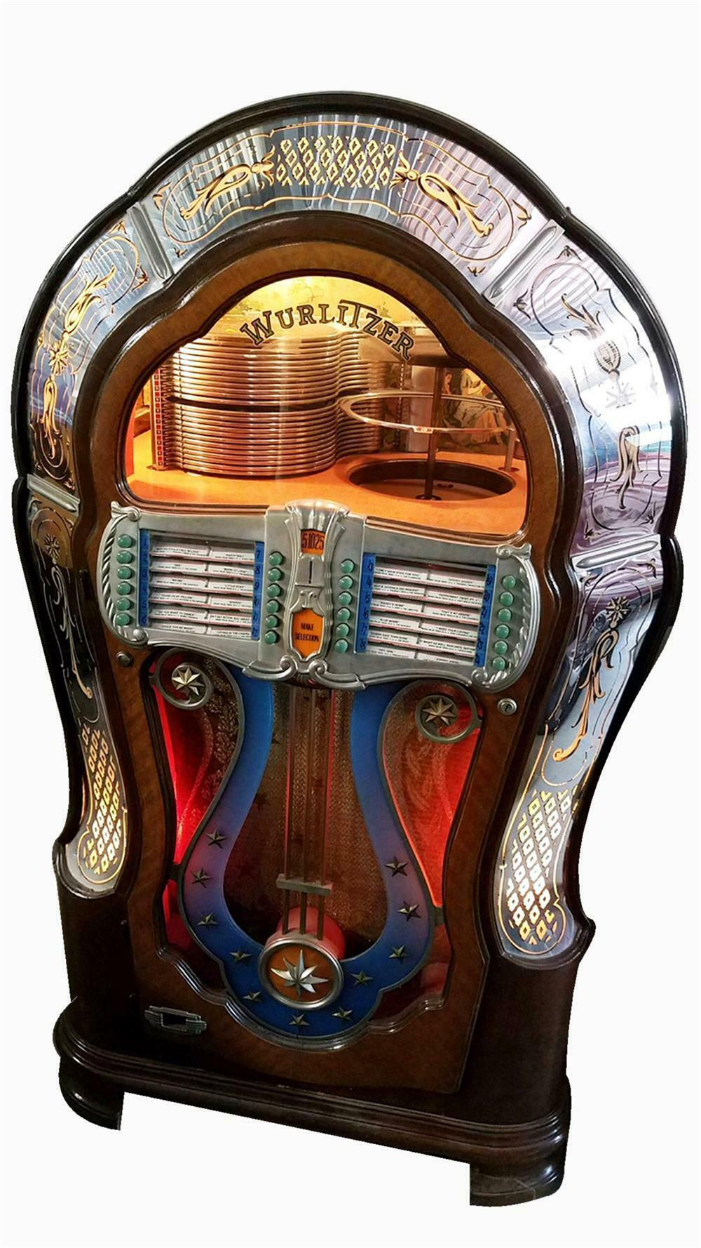 Distinctive and restored 1947 Wurlitzer model 1080 jukebox, o