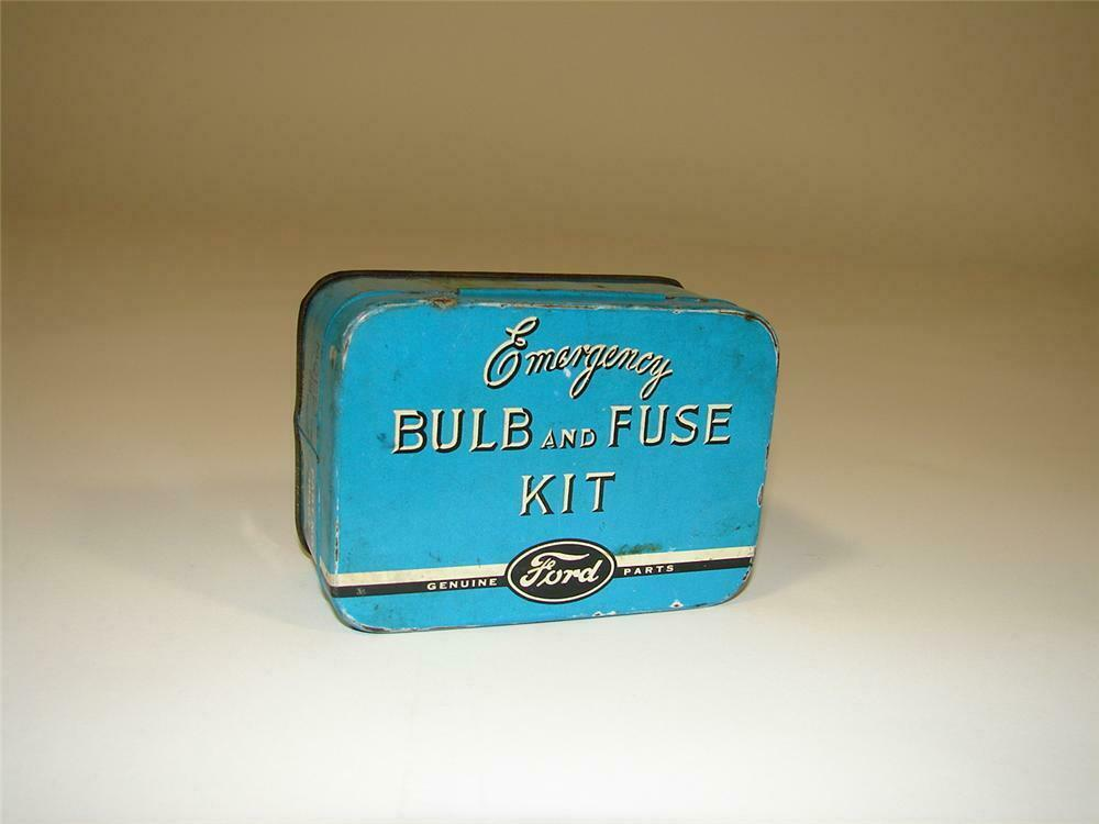 Hard to find 1930s Ford Emergency Bulb and Fuse Kit