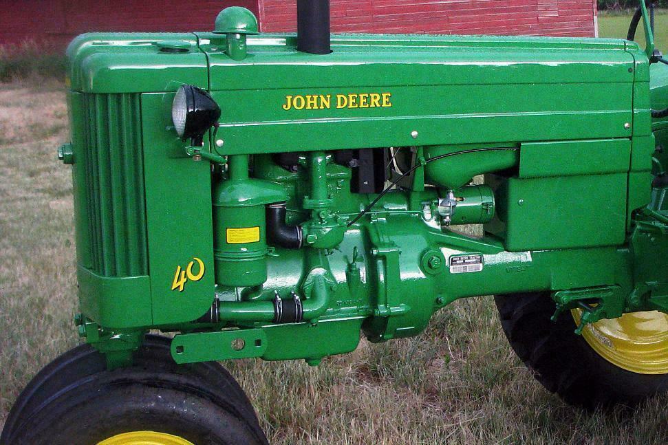 1953 JOHN DEERE MODEL 40 TRACTOR