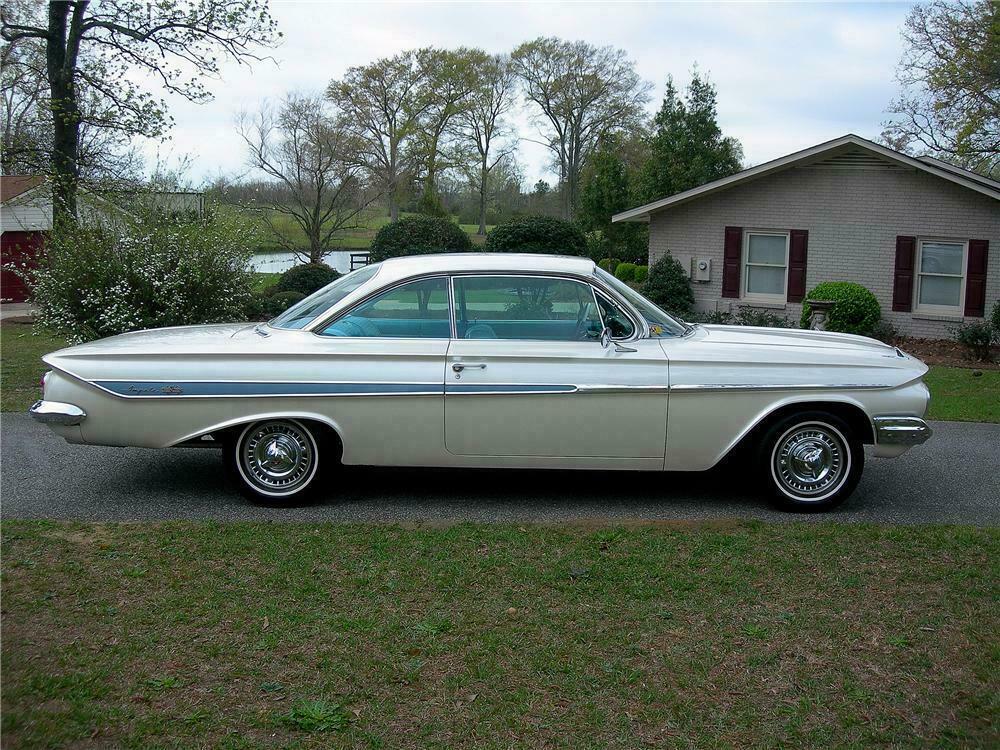 1961 Chevrolet Impala Custom 2 Door Hardtop