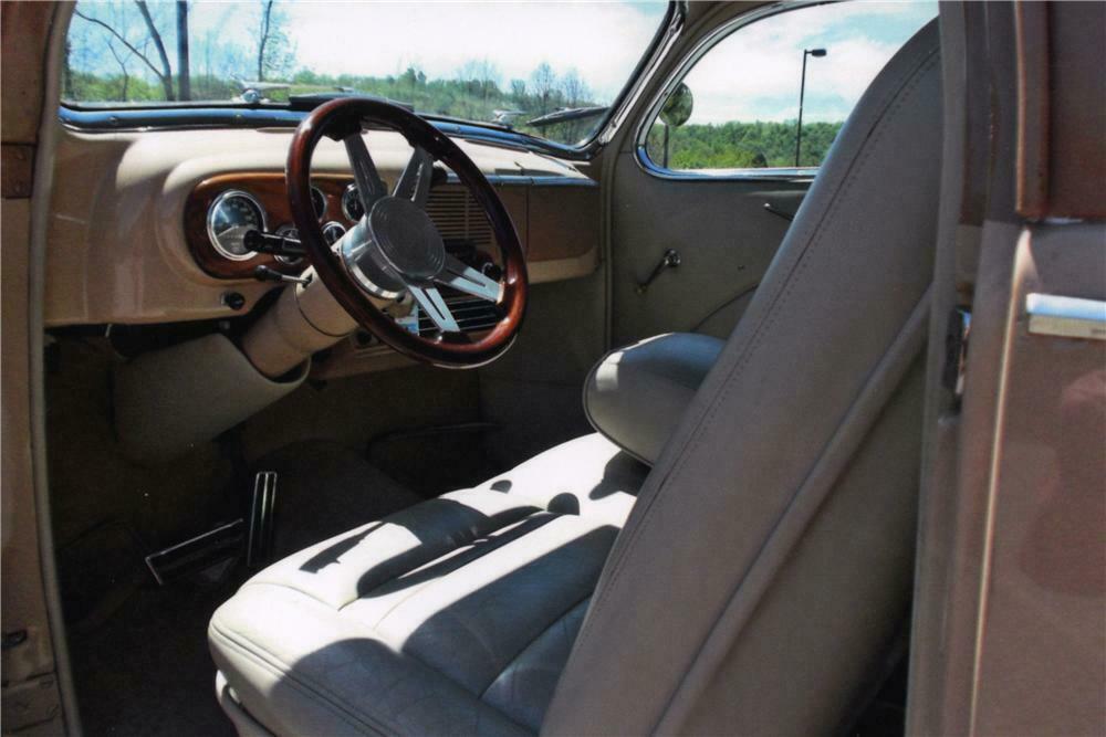 1938 Lincoln Zephyr Custom 2 Door Coupe