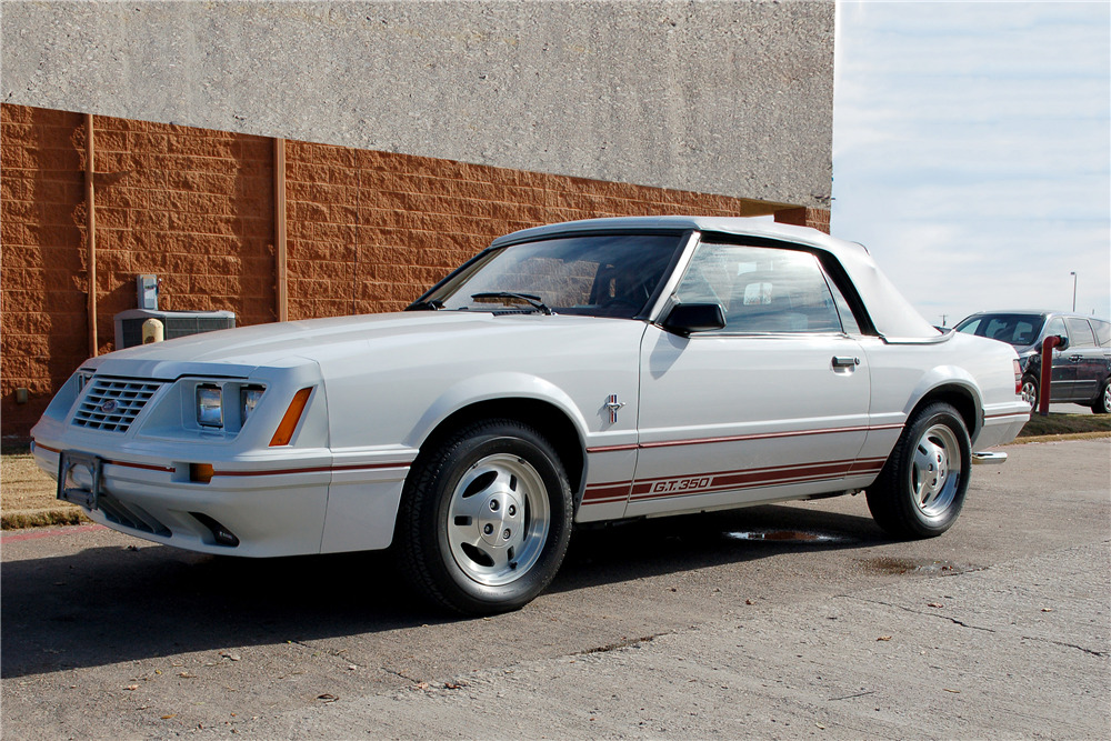 1984 Ford Mustang Gt 350 Convertible Front 3 4 190252