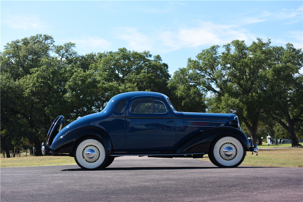 1935 CHEVROLET MASTER DELUXE BUSINESS COUPE -