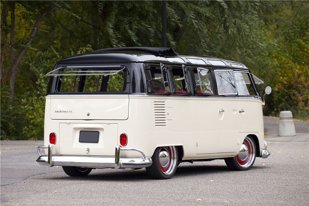 1965 Volkswagen Type Ii 21 Window Deluxe Bus
