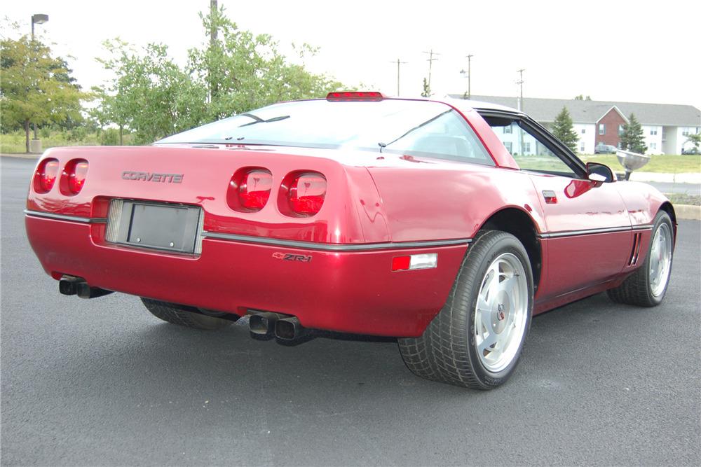 Corvette C4 (1984-1996)  201422_Rear_3-4_Web