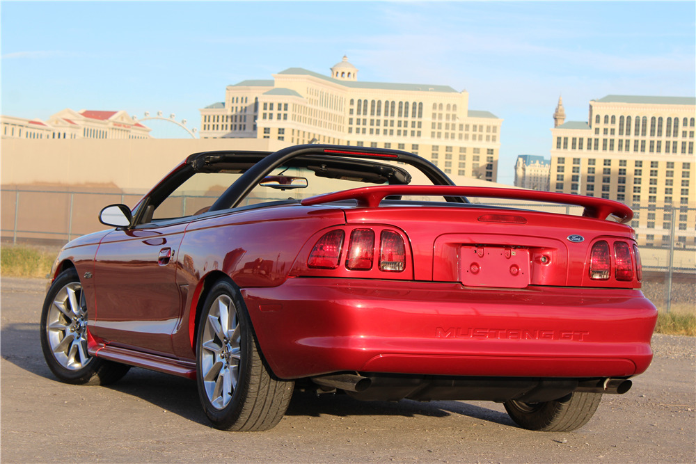 1998 Ford Mustang Gt Convertible Rear 3 4 201689
