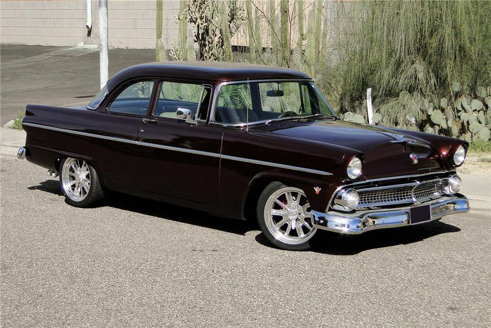 1955 Ford Customline Custom Sedan