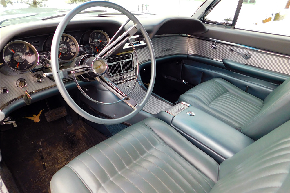 1962 Ford Thunderbird Convertible219097