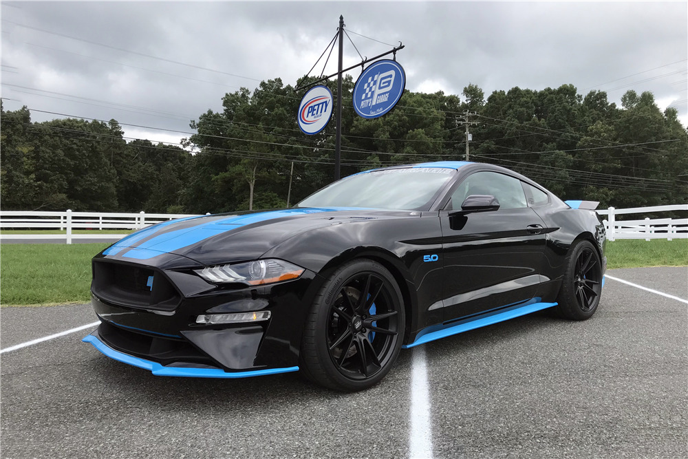 Richard Petty Mustang >> 2018 Ford Mustang Petty S Garage King Premier Edition