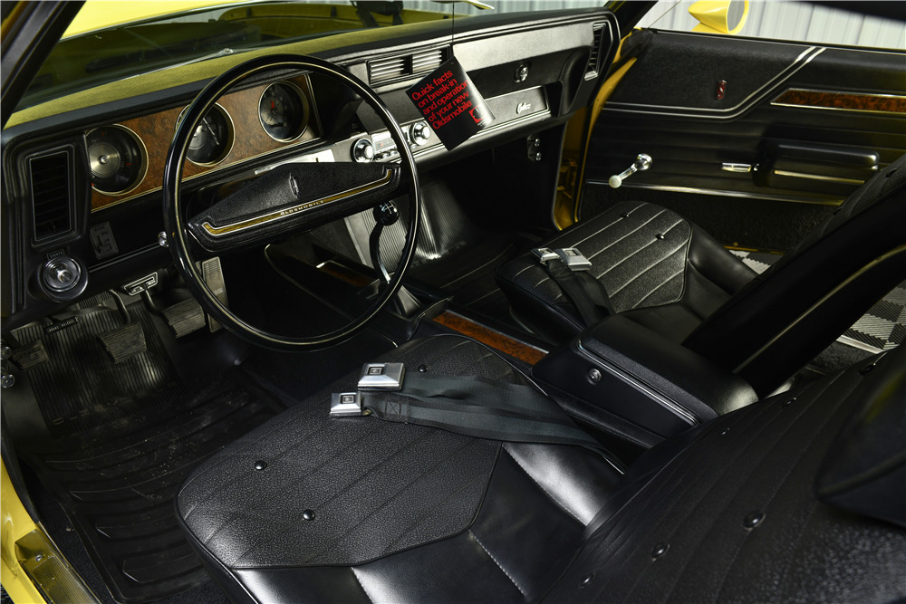 1970 OLDSMOBILE CUTLASS W-31 HOLIDAY COUPE