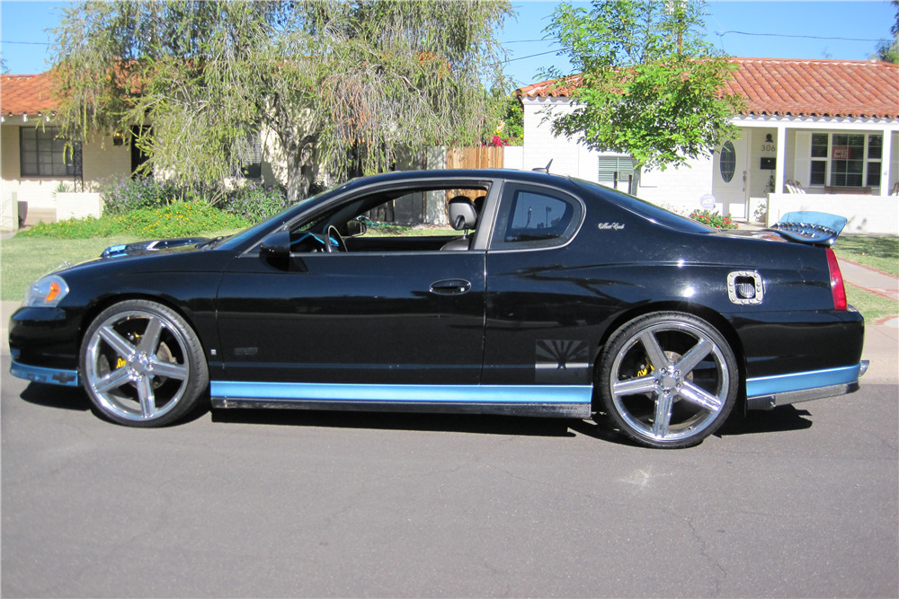 2007 Chevrolet Monte Carlo Custom Coupe