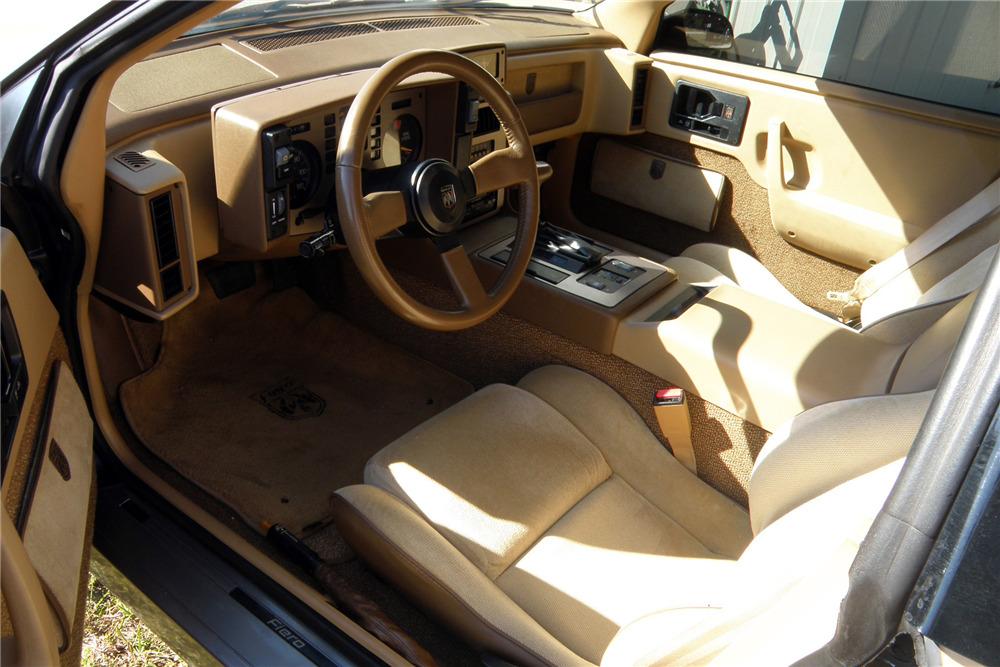 1987 PONTIAC FIERO GT - Interior - 229822 ...