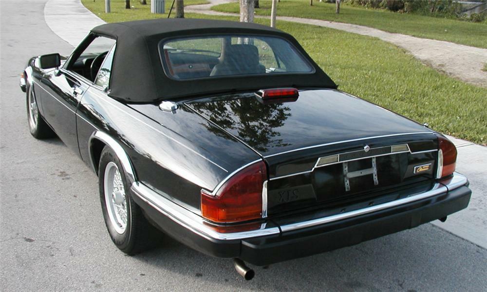1991 Jaguar Xjs Convertible Rear 3 4 40073