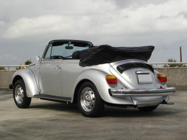 1979 Volkswagen Super Beetle Convertible Rear 3 4 63981