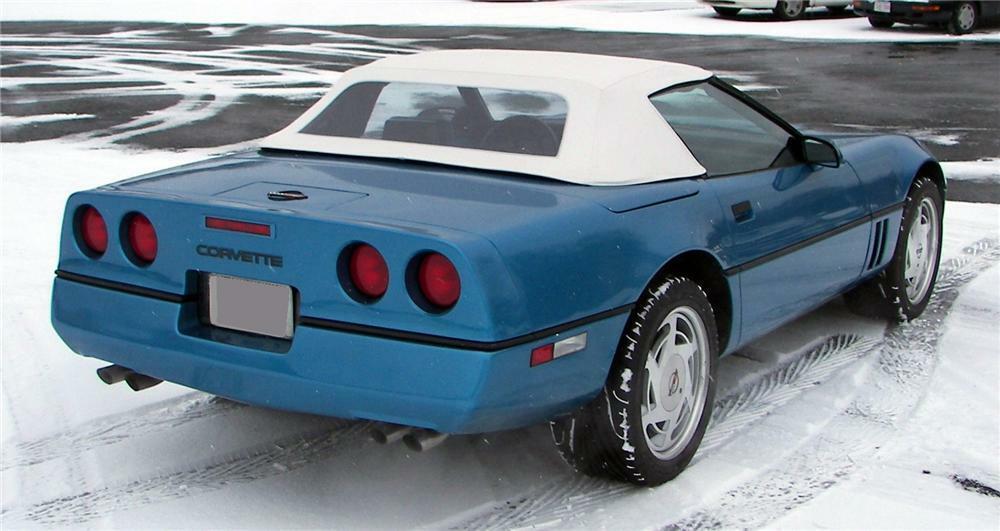 Corvette C4 (1984-1996)  64040_Rear_3-4_Web