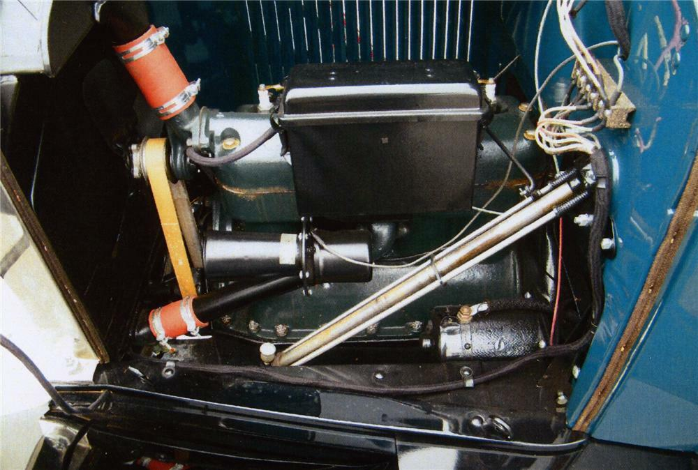1926 ford model t 4 door sedan - engine - 75023