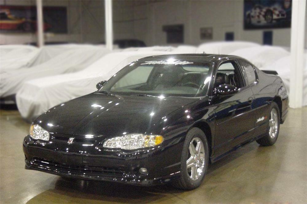 2004 Chevrolet Monte Carlo Ss Intimidator Custom Show Car Front 3 4
