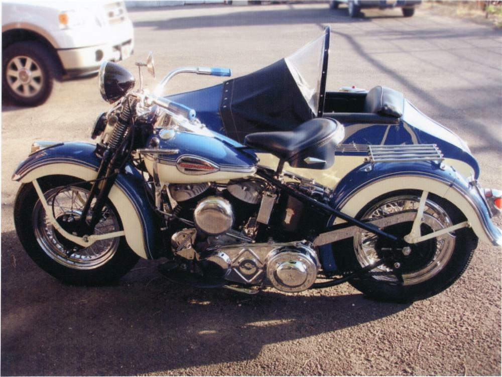 1941 HARLEY-DAVIDSON MOTORCYCLE W/SIDECAR