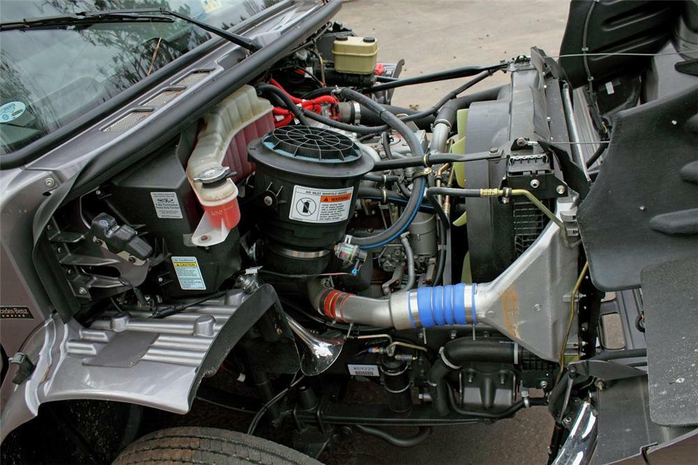 2006 FREIGHTLINER SPORT CHASSIS P2 TRUCK