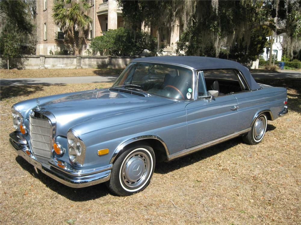 1968 Mercedes Benz 280se Cabriolet Front 3 4 89158